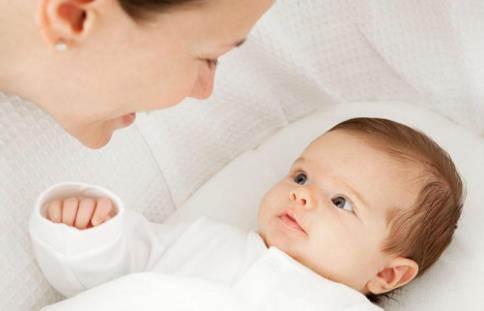宝宝病毒感染发烧怎么办