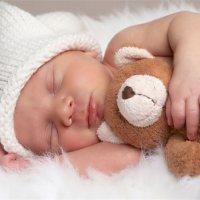 孩子跟谁睡,竟决定TA一生的性格!
