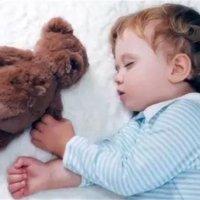 孩子聪明不聪明,从睡姿就可以看出来!