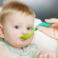 宝宝六个月怎么添加辅食?先数数长了几颗牙吧!