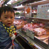 半岁后这样带孩子逛超市,比上早教班好太多!