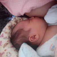 新手妈妈必看:到底用不用喂新生儿喝水?