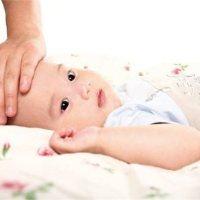 """走点心,别忽视宝宝这些""""小动作"""",都是生病的信号!"""